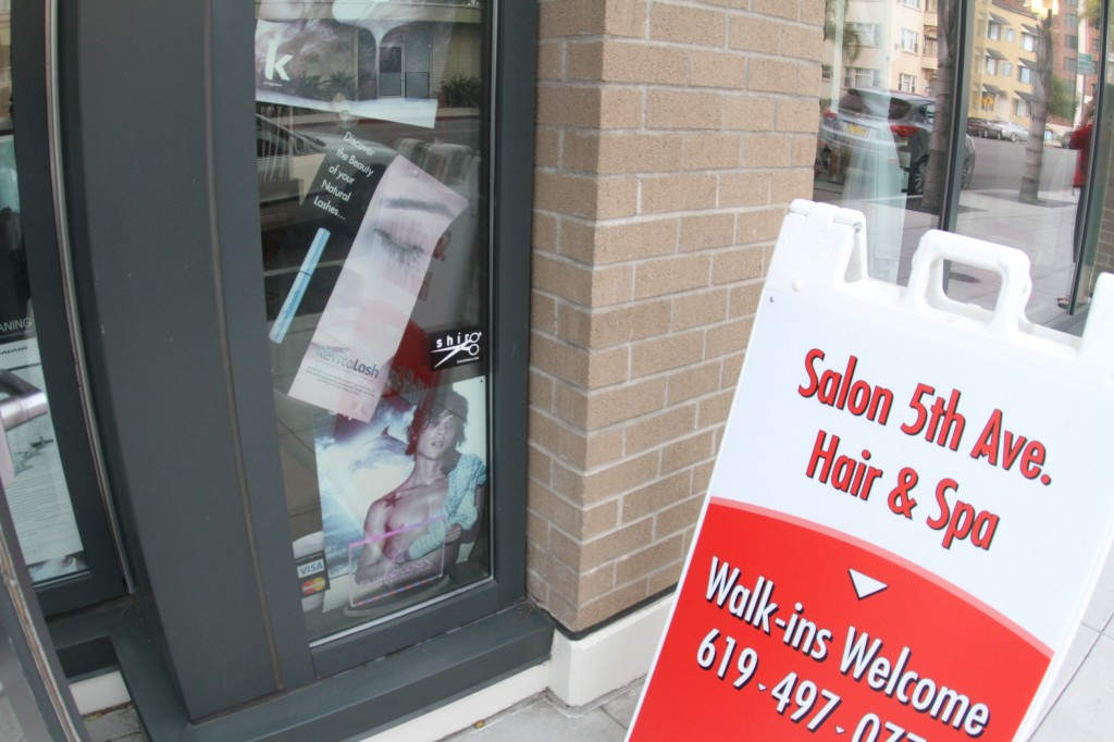 Experienced stylists use swivel hair shears shiro for 5th street salon